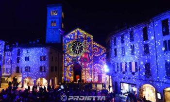 Piazza San Fedele a Como proiezione scenografica